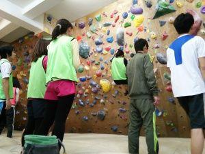 男女MIXで協力しながら登ります☆