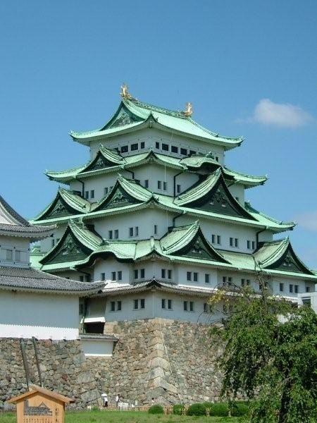 名古屋城がきれい。