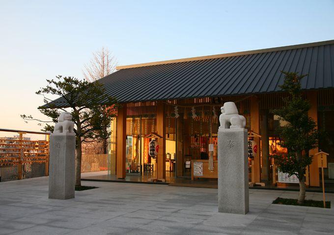 2_shrine_detail_2